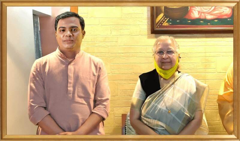 Prof. Vipin Joshi with Sumitra Mahajan
